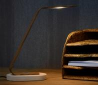 Dani bureaulamp houtkleur metaal